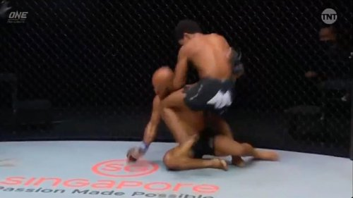 Adriano Moraes Knocked Out Demetrious Johnson With A Vicious Knee