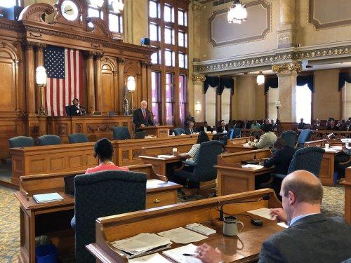 City Hall: Mayor Creates Pension Crisis Task Force
