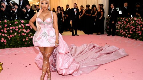 Nicki Minaj, Drake and Lil Wayne absolutely destroyed this beat that went viral in her new song 'Seeing Green'