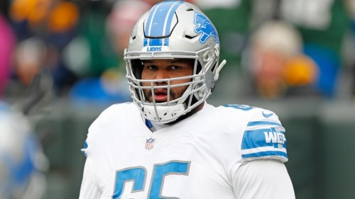 Report: Lions looking to trade right tackle Tyrell Crosby