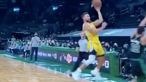 This one-handed lefty and-1 by Steph Curry might be the coolest shot of his career