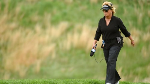 Watch: CBS on-course reporter Dottie Pepper nearly gets hit but stands her ground at AT&T Byron Nelson