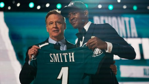 First Look: DeVonta Smith at Eagles' rookie minicamp