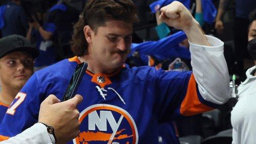 Greg Van Roten, childhood Islanders fan, glad to see Dan Feeney embraced