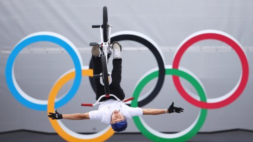 12 awesome BMX freestyle photos from the Olympics, including medal favorite Hannah Roberts