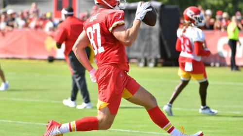 Chiefs' Travis Kelce, Anthony Hitchens discuss training camp without preseason
