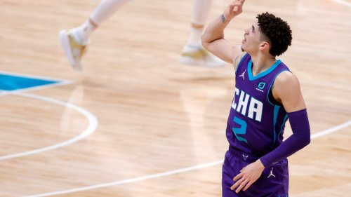 What makes LaMelo Ball special? Hornets players and NBA coaches weigh in