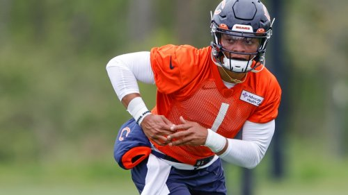 LOOK: Photos from second day of Bears rookie minicamp
