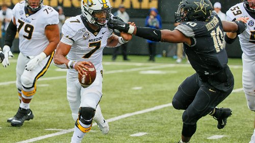 Colts select DL Dayo Odeyingbo: How he fits