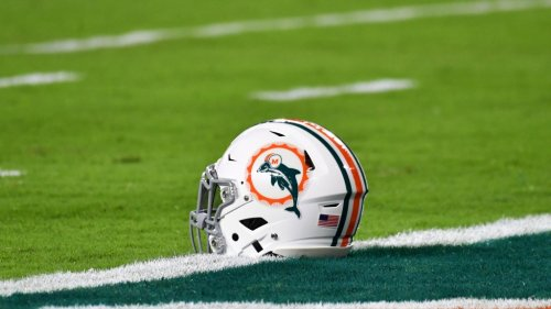 The perfect Dolphins backup QB reportedly to be cut by current team