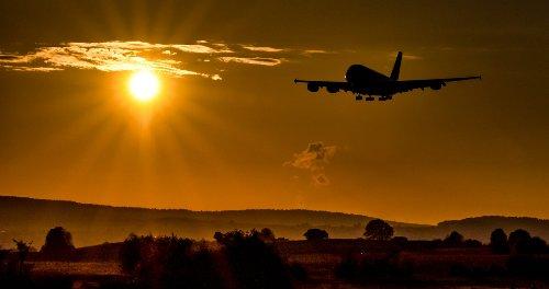 L'Assemblée interdit les trajets aériens accessibles en train en moins de 2h30