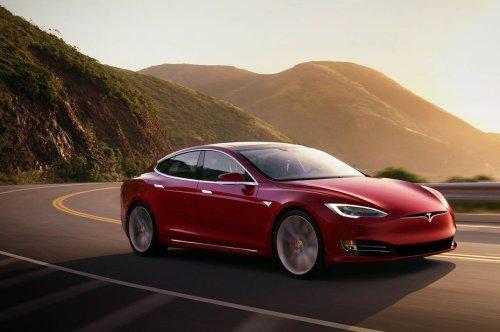 Tesla lance une assurance auto qui s'ajuste en temps réel au comportement du conducteur