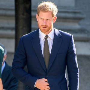 Prince Harry Denies Signing 4-Book Deal, Spokesperson Says