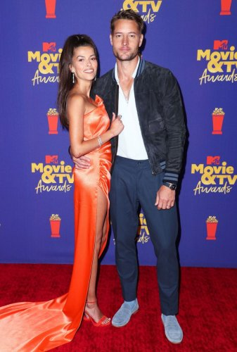 Justin Hartley and Sofia Pernas Make Red Carpet Debut at MTV Awards