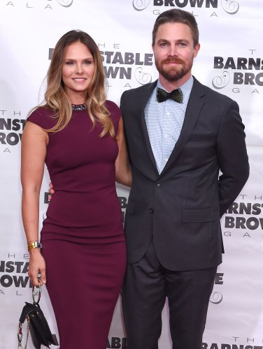 Stephen Amell's Wife Joked About His 'Diva' Behavior Before Plane Incident