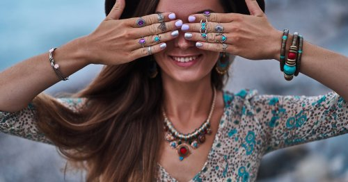 11 Amazing Boho Jewelry Pieces That Will Elevate Any Outfit