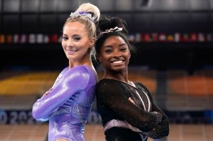 Simone Biles Supports MyKayla Skinner After Olympics Exit: 'So Proud'