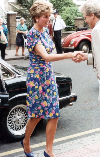 The Heartwarming Reason Princess Diana Repeatedly Wore Her Floral Dress