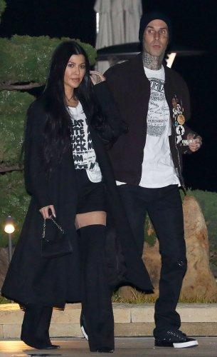 Khloe Kardashian Calls Out Kourtney for Hiding Love Life on 'KUWTK'