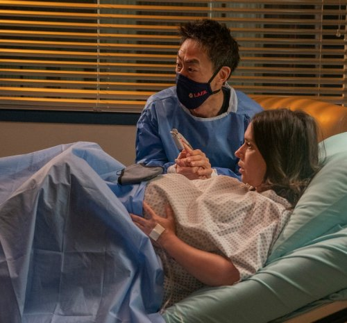 Jennifer Love Hewitt Broke Face Capillaries Filming '9-1-1' Labor Scene