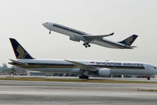 Singapore Airlines Posts $302 Million First-Quarter Loss   Investing News   US News