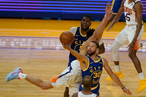 Warriors Rally for Second Straight Night, Beat Suns 122-116