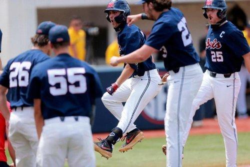 4 More SEC Teams Win NCAA Regionals; USF's Run Keeps Going   Sports News   US News