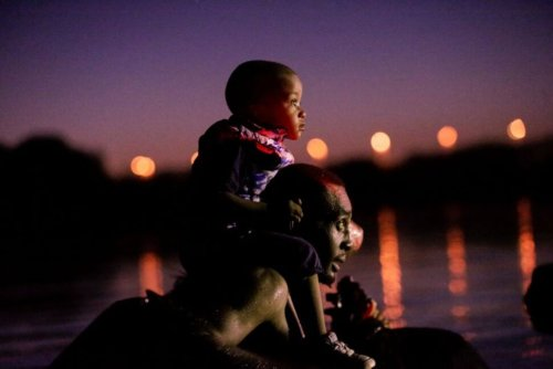 Mexico Urges Haitians at US-Mexico Border to Give up and Head South