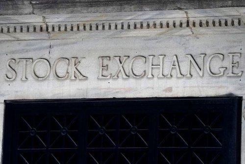 Futures Dip After S&P 500, Dow Hit Record Closing Highs