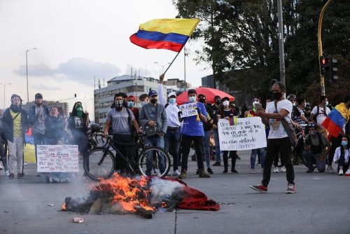 Colombia Sees Calmer Protests, Industry Groups Warn of Fuel Shortages