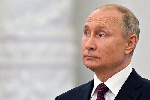 Putin Calls Accusation of Cyberattacks Against US 'Farcical'