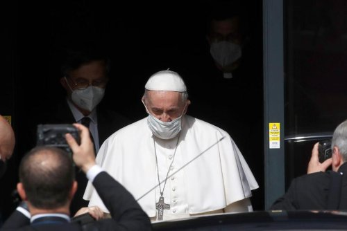 Pope to Vatican's Own Media Workers: Who Reads Your News?   World News   US News