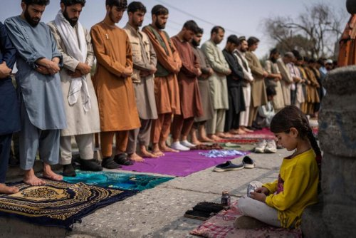 To Protect Afghan Girls, UN Panel Urges Conditions on Aid