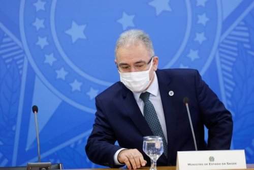 Brazil Seeks to Halt Teen Vaccines, Some State Governors Resist