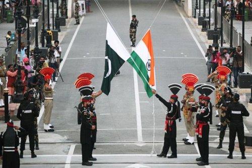 Exclusive: India, Pakistan Held Secret Talks to Try to Break Kashmir Impasse