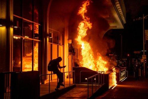 Fires, Damage at Oakland Protest Against Police Brutality