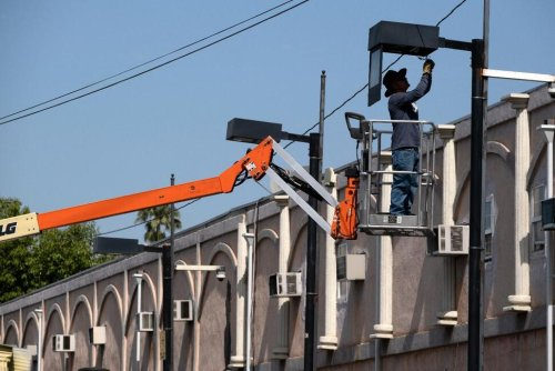 California Residents Urged to Conserve Power Amid Heat Wave | California News | US News