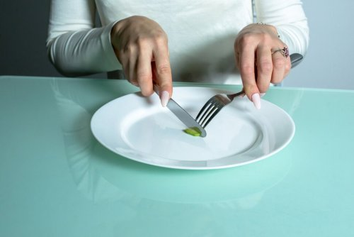 What Happens to Your Body When You Go on an Extreme Diet | U.S. News