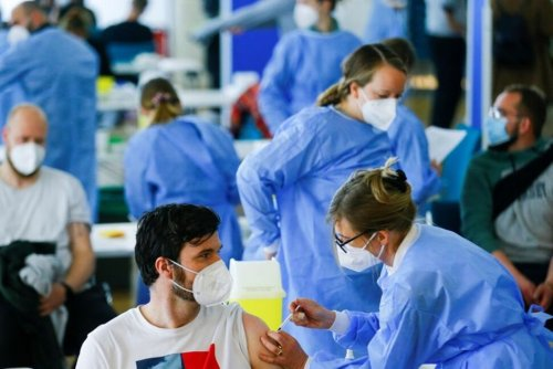 German Vaccine Seekers Getting Aggressive, Doctors Say