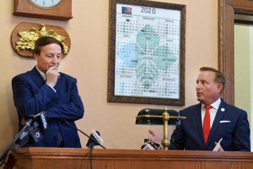Counting Error Puts Democrat Ahead in Iowa US House Race