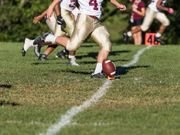 High School Football Doesn't Affect Brain in Middle Age, Study Says