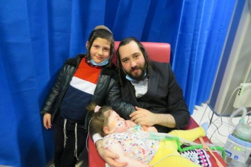 Father Pleads to Keep Sick Daughter Alive and Take Her to Israel | World News | US News
