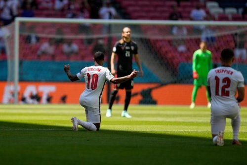 England Players Booed for Taking a Knee Despite Plea by Team
