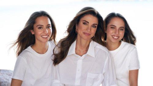 La reine Rania de Jordanie partage une tendre photo d'elle et de ses filles pour leurs anniversaires