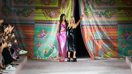 Fashion Week de Milan : Le défilé Versace printemps-été 2022