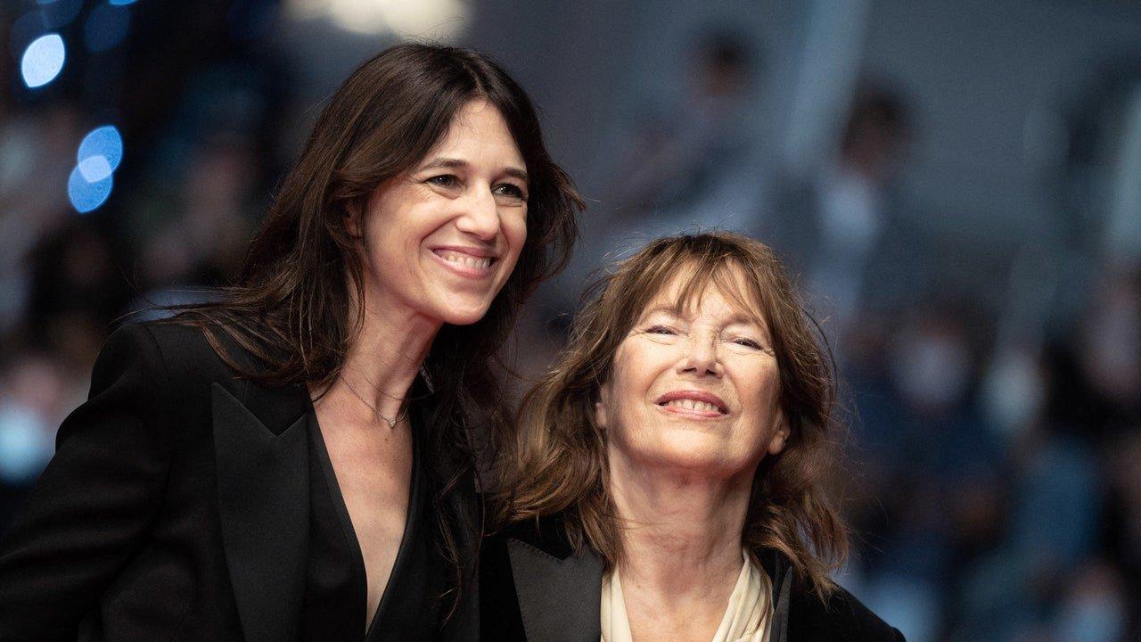 Festival de Cannes 2021 : Le documentaire émouvant de Charlotte Gainsbourg sur Jane Birkin salué par une longue standing ovation