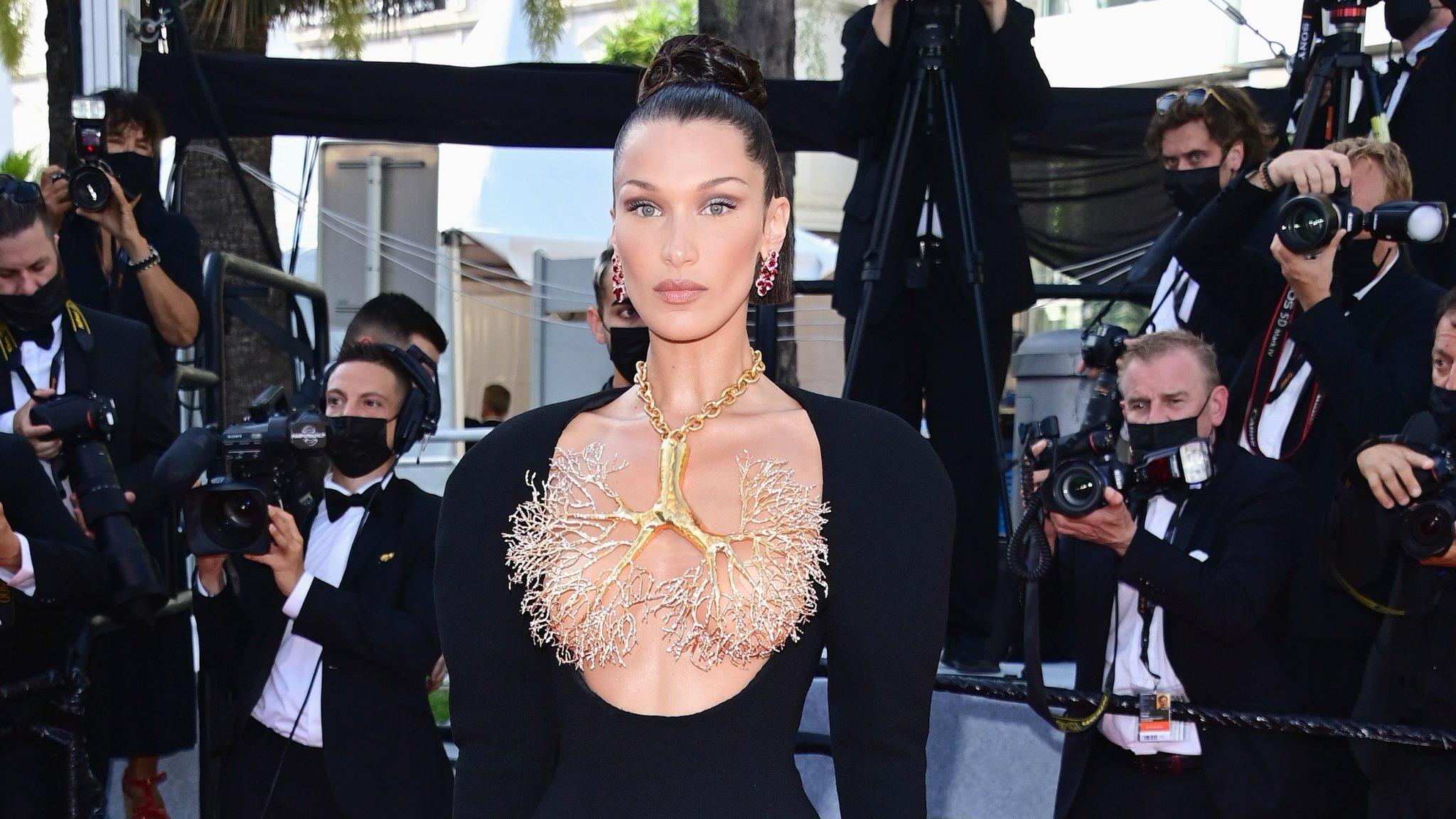 Festival de Cannes 2021 : Les robes les plus folles du tapis rouge