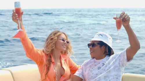 Yacht XXL, cocktails et dîner à Nice : Beyoncé et Jay-Z passent des vacances de rêve en Méditerranée