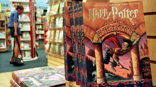 Le véritable Harry Potter vend aux enchères une première édition d'« Harry Potter »