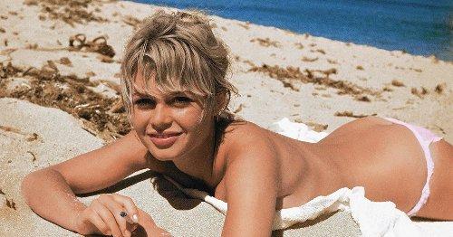 Vintage : Brigitte Bardot, Audrey Hepburn, Jane Birkin... Les plus belles photos de stars à la plage